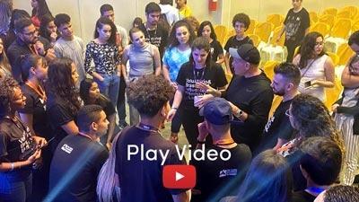 testimonial-video-play-sfw.jpg